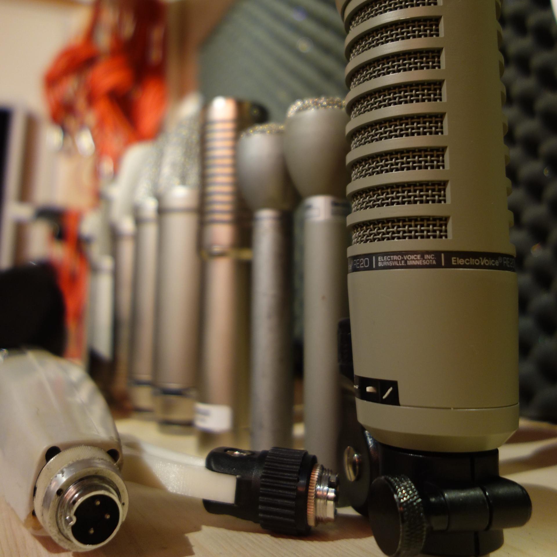 Akg - Rode - Bandmick - ribbon - Electro Voice - RE 20 - sennheiser 421 - SM7B